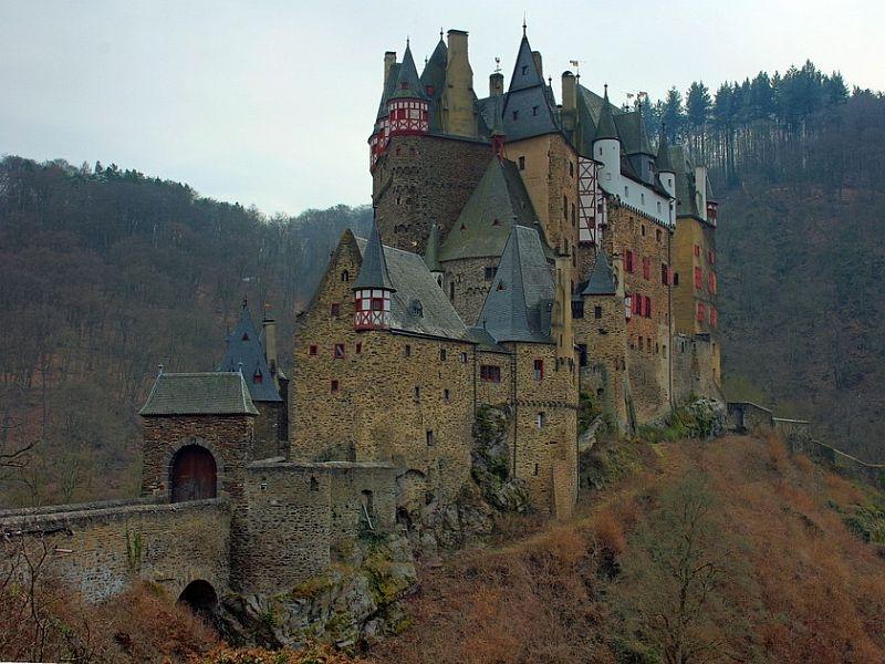 Замок Эльц (Burg Eltz) жемчужина немецких замков