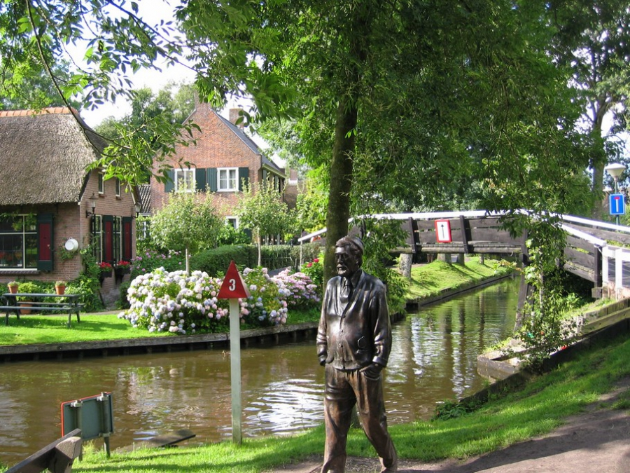 Giethoorn - Netherlands cities