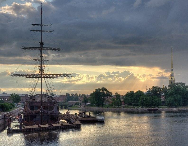 Санкт-Петербург - Россия Города