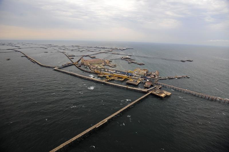 Нефтяные камни - Азербайджан Города