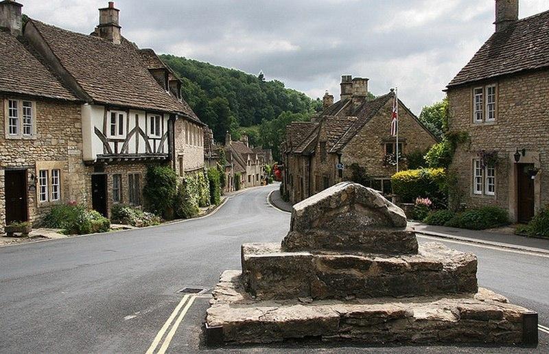 Castle Combe - United Kingdom cities