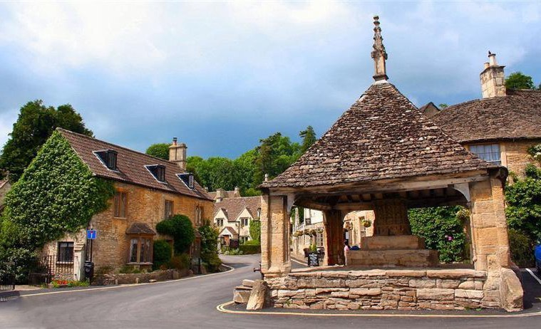 Castle Combe - United Kingdom cities
