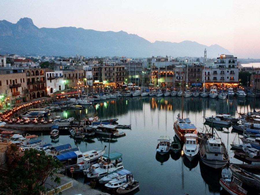 Ларнака - Кипр Города