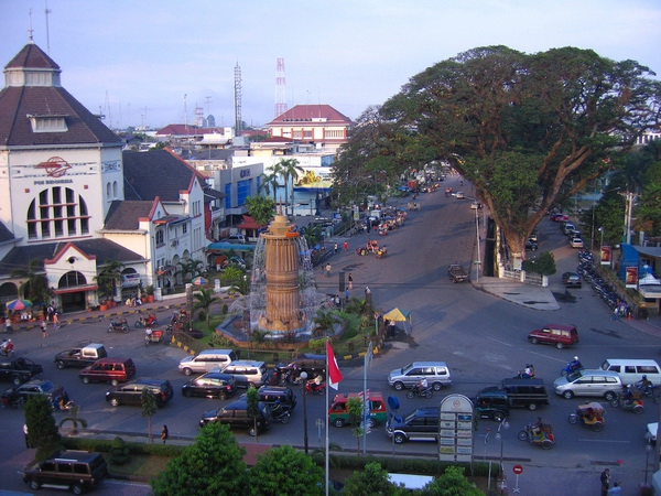 Медан - Индонезия Города