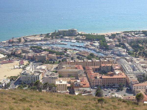 Террачина - Италия Города