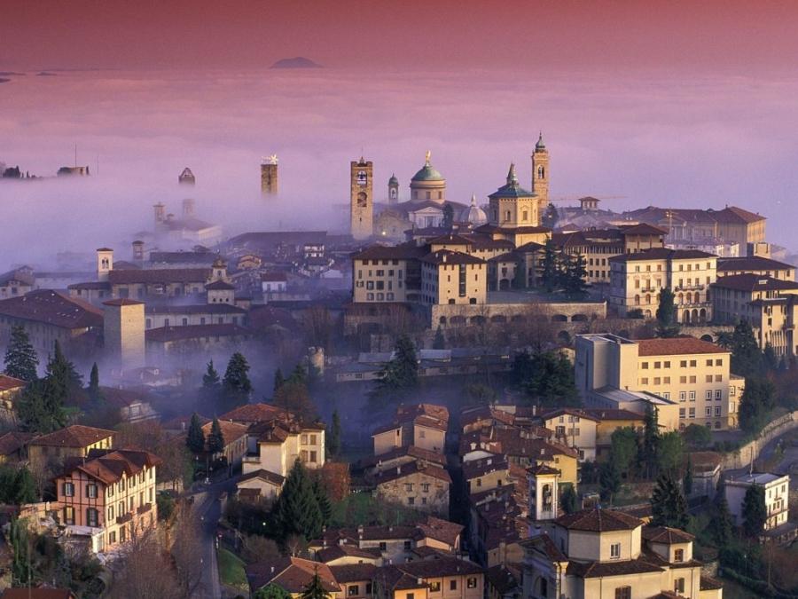 Бергамо - Италия Города