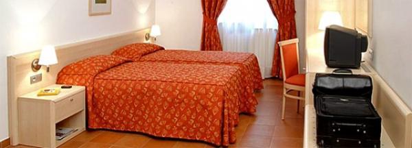 4*Caesar Palace - Чехия Отели