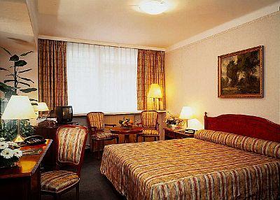 4*Hotel Astoria - Венгрия Отели