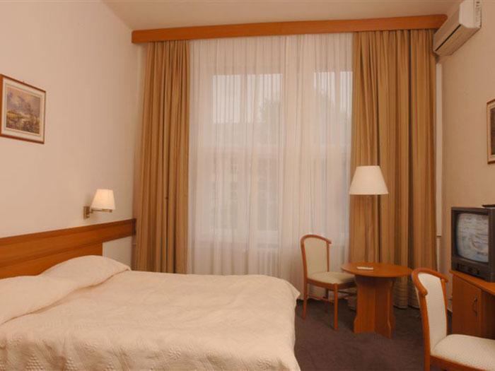 3*Platanus - Венгрия Отели