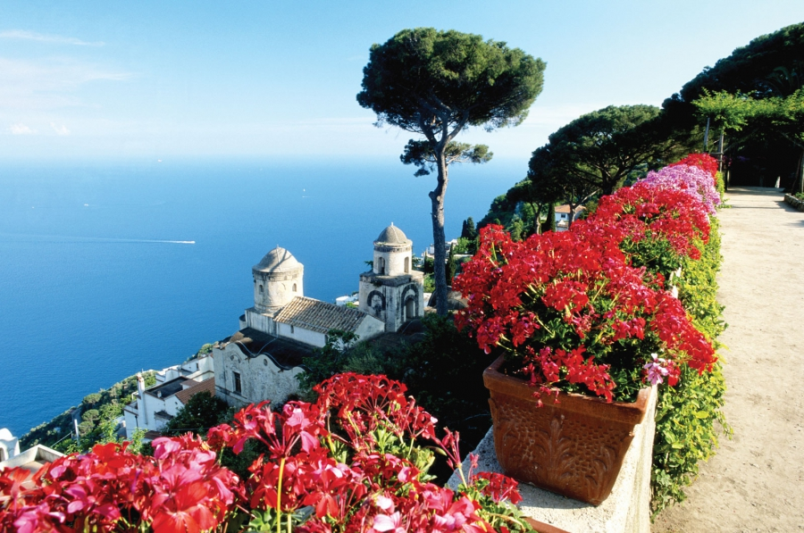 Neapolitan Coast - Italy resorts