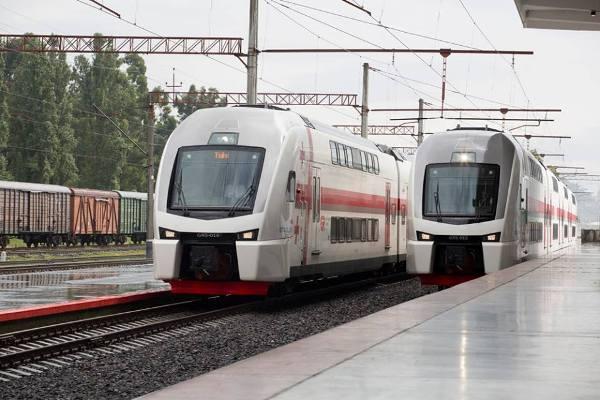 В Грузии между Тбилиси и Батуми начали курсировать двухэтажные поезда