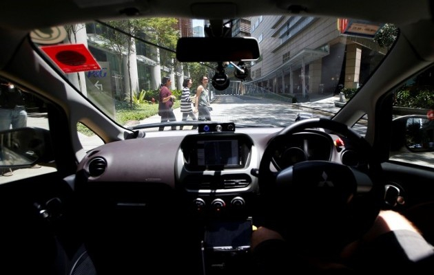 В Сингапуре в тестовом режиме запущены такси с автопилотом