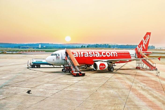 Пилот малайзийского лоукостера запутался и привез пассажиров в другой город