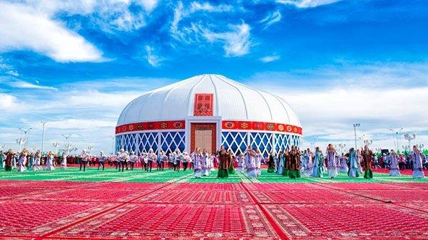 В Туркменистане построят концертный зал в виде туркменской юрты на три тысячи мест