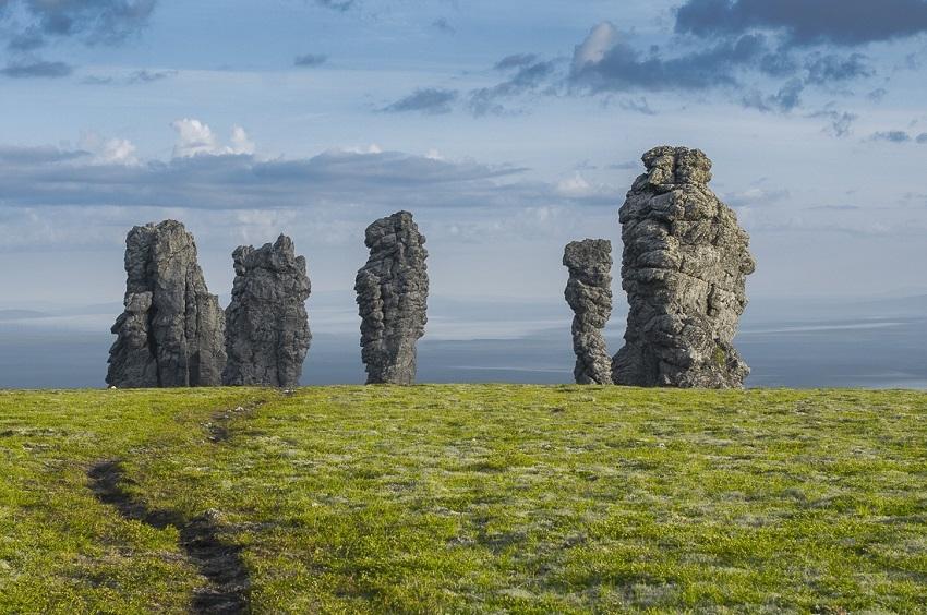 Названы самые популярные места для мистического туризма в России