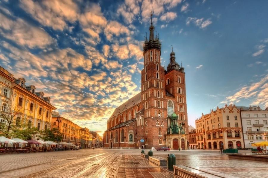 Названы европейские города для бюджетного туризма