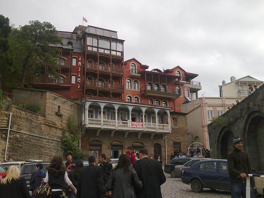 Дешевые билеты в Тбилиси из Санкт-Петербурга от 7200 RUB туда-обратно (RT)