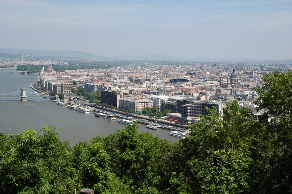 Дешевые билеты в Будапешт из Санкт-Петербурга от 7 300 RUB туда-обратно (RT)