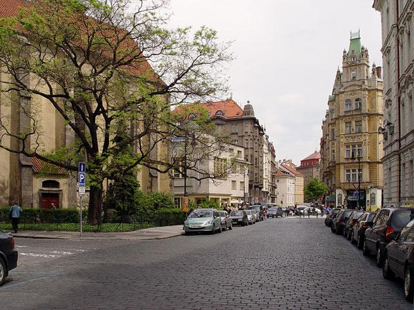 Дешевые билеты в Прага из Санкт-Петербурга от 7000 RUB туда-обратно (RT)