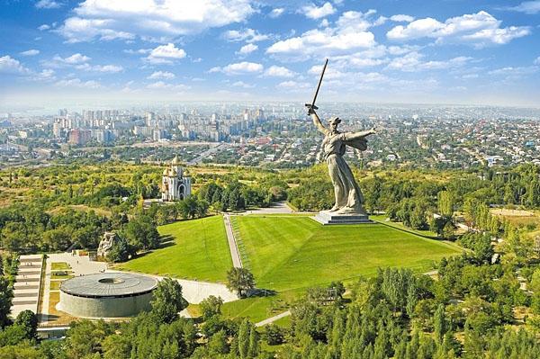 Дешевые билеты в Волгоград из Санкт-Петербурга от 5000 RUB туда-обратно (RT)
