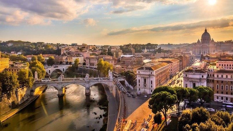 Дешевые билеты в Рим из Санкт-Петербурга от 7 600 RUB туда-обратно (RT)