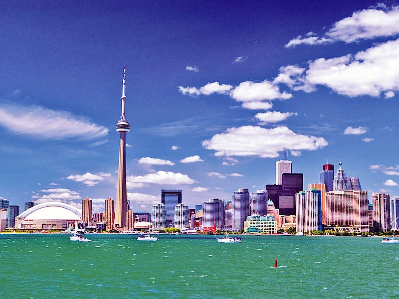Дешевые билеты в Торонто из Санкт-Петербурга от 11600 туда-обратно (RT)