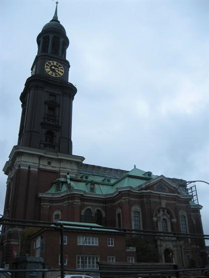 Дешевые билеты в Гамбург из Санкт-Петербурга от 8500 RUB туда-обратно (RT)