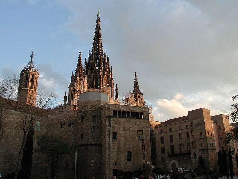 Дешевые билеты в Барселона из Санкт-Петербурга от 10 700 RUB туда-обратно (RT)
