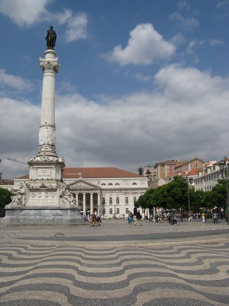 Дешевые билеты в Лиссабон из Санкт-Петербурга от 9100 RUB туда-обратно (RT)