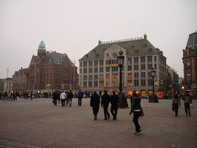 Дешевые билеты в Амстердам из Санкт-Петербурга от 9800 RUB туда-обратно (RT)