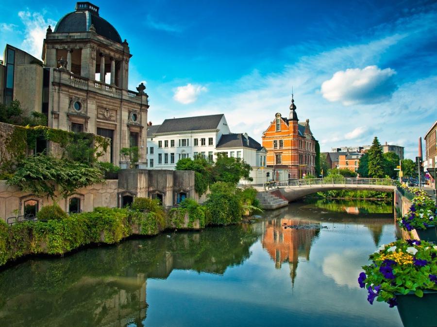 Бельгийцы уже могут отправиться в музеи и зоопарки
