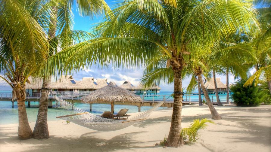 Condand#233; Nast Traveler назвал отель Royalton Punta Cana одним из лучших отелей на Карибах