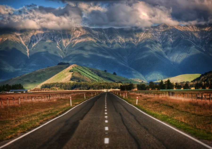 В Новой Зеландии порядка 400 человек оказались заблокированы из-за ливней