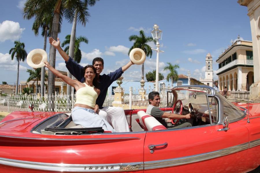 Авиакомпания Royal Flight откроет в августе чартерные полеты на Кубу